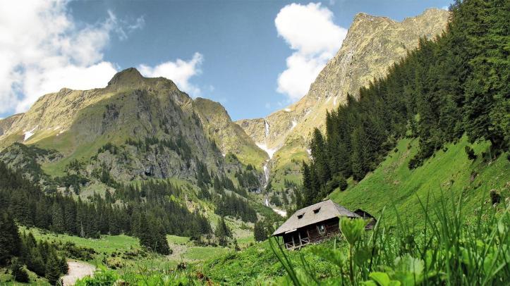 Valea Rea Bad Valley fagaras Carpathian mountains Romania moldoveanu most beautiful landscapes eastern europe
