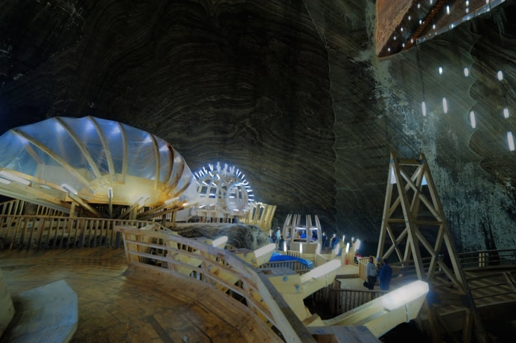 turda salt mine romania inside pictures photos romanian people tourists