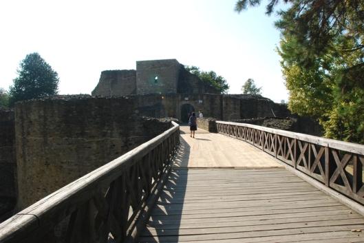 Suceava fortress bridge medieval Romania pictures moldavia moldova
