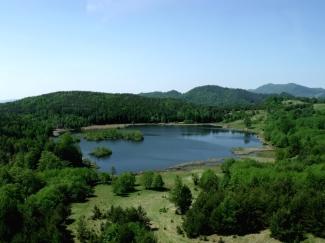 lacul mociaru luana beautiful landscapes romania