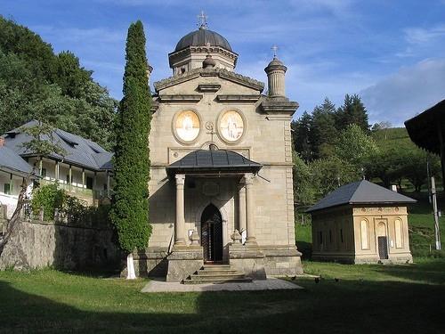stanisoara monastery romania