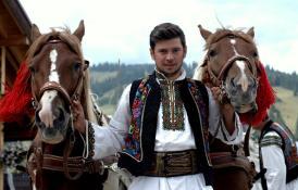 traditional-romanian-men-clothing-romanian-people-culture-porturi-populare-romanesti