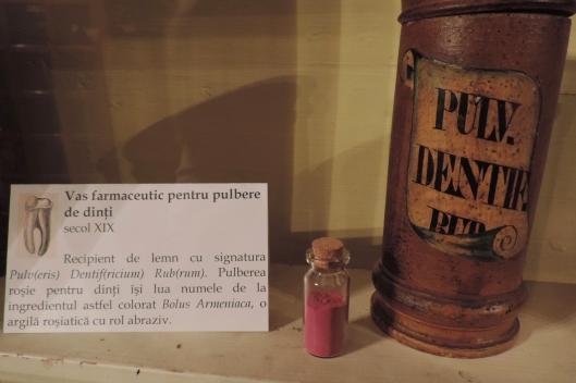Muzeul Farmaciei Cluj Napoca Romania museum of pharmacy 734