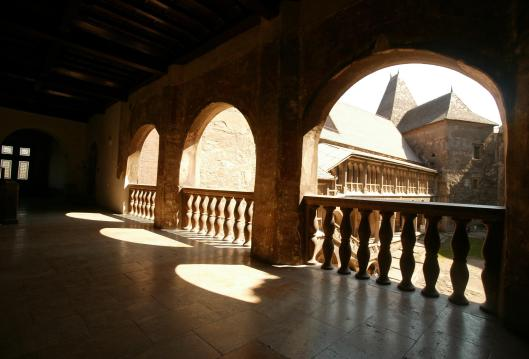 Castelul Corvinilor din judetul Hunedoara